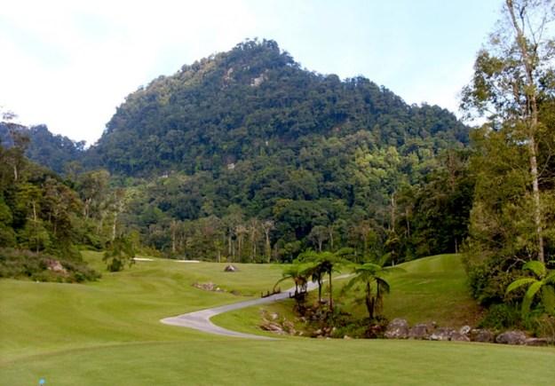 Bukit Penrissen di Kalimantan Barat.