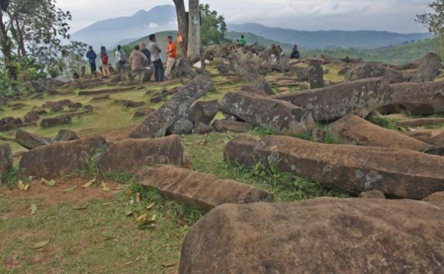 pengunjung di Situs Gunung Padang