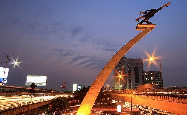 Patung Dirgantara di Jakarta