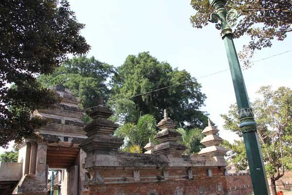 Kompleks Makam Pendiri Kerajaan Mataram Islam di Kotagede