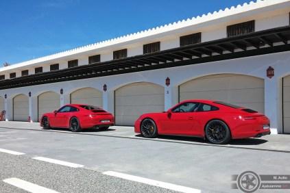 Kaksi punaista paholaista. Laitetaanko nelikkona vai takavetona?