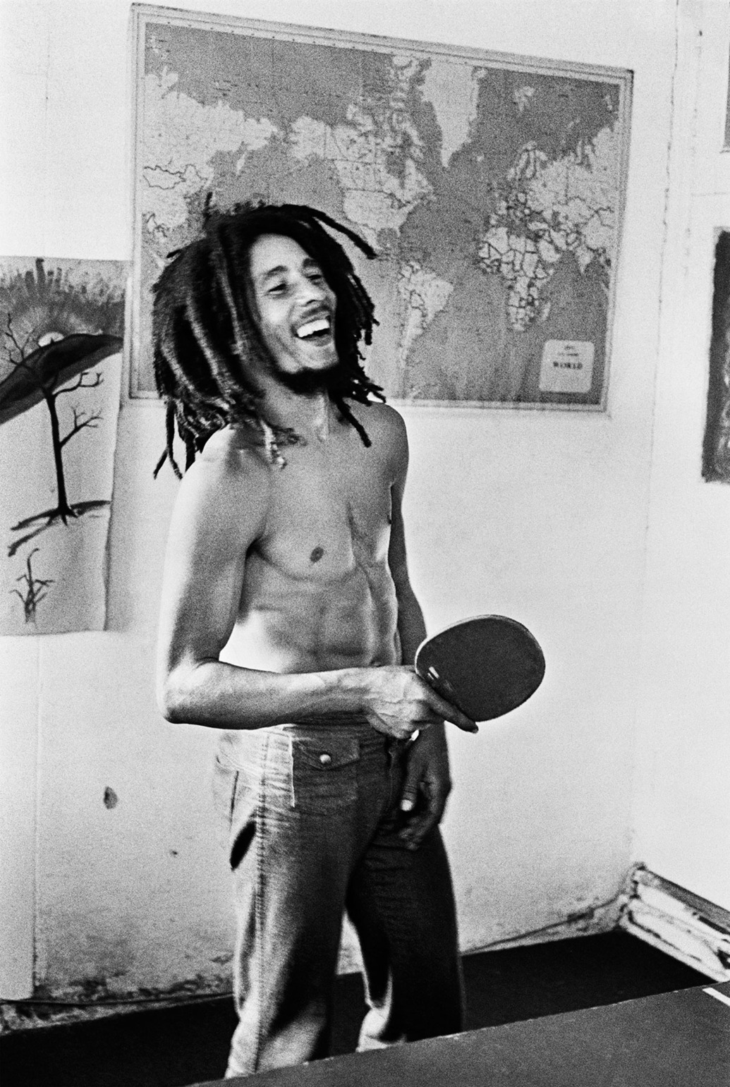 Bob-Marley-Passes-Time