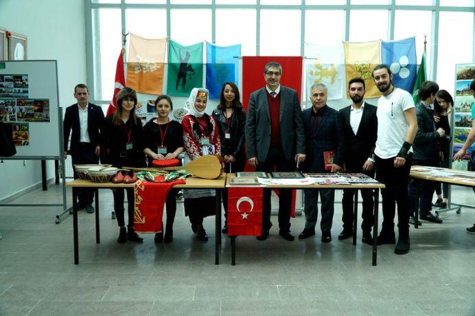 DSC00758 - Üniversitemizde 3. Uluslararası Öğrenci Günü Etkinliği Düzenlendi