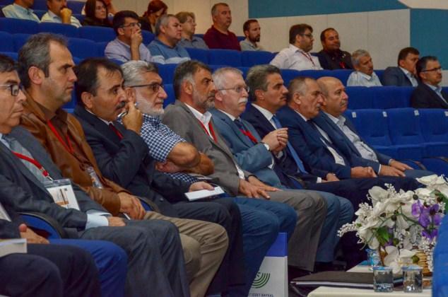 """DSC 9331a - Türkiye'de İlk Kez Düzenlenen """"Tevhidi Düşünce Işığında İlim Dallarının Yeniden İnşası Şurası"""" BAİBÜ'de Başladı"""