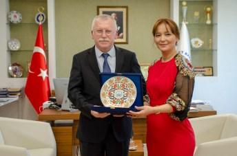 DSC 9061 - Kazakistan Turan Üniversitesi'nden Rektör Alişarlı'ya Ziyaret