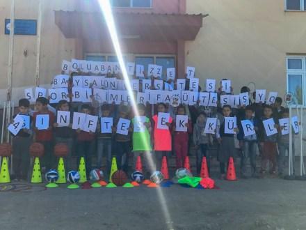 Gokbudakortaokulu 8 - BAİBÜ Öğrencilerinin Yardımseverliği Siirt'teki Kardeşlerini Mutlu Etti