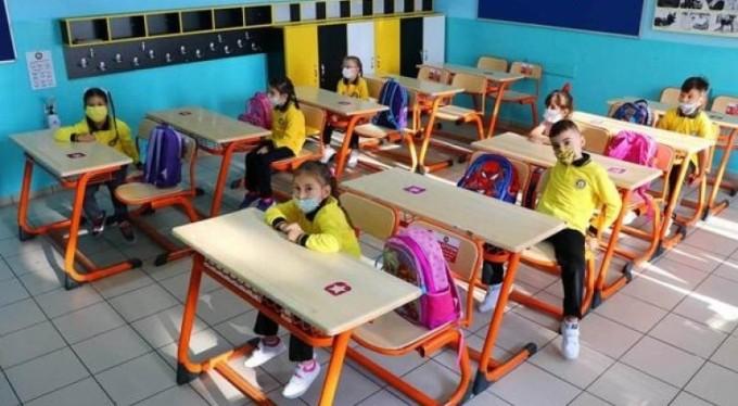 Vakalar artınca, okullar tatil edildi