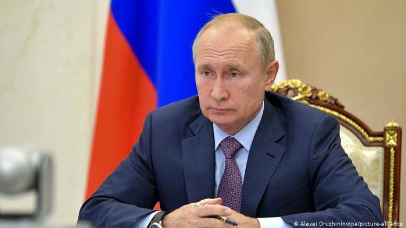 Putin, Kovid-19 aşısı oldu