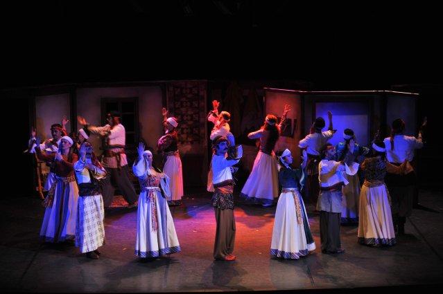 Diyarbakır'da 27 Mart Dünya Tiyatro Gününde perdelerini açıyor