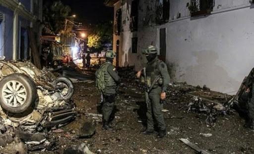 Kolombiya'da bomba yüklü araçla saldırı