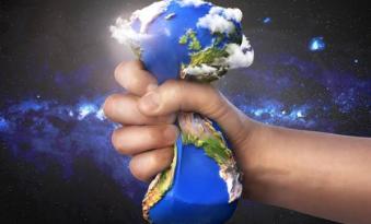 Hayal edilen Dünya düzeni yıkılmaya mahkumdur