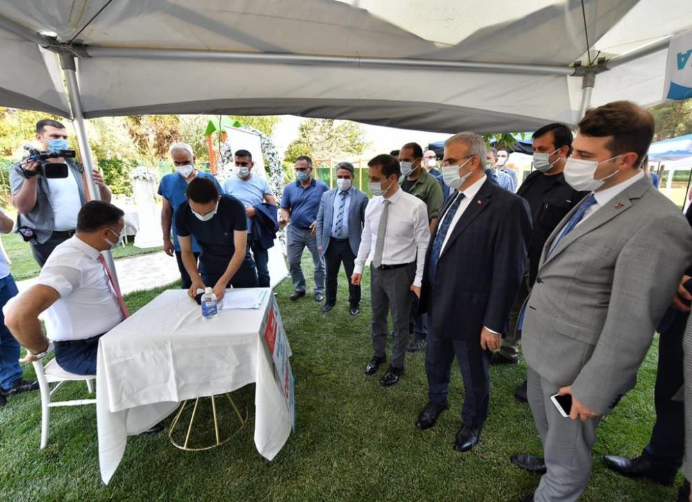 Diyarbakır Öğretmenevinde Covid-19 aşı uygulama noktası kuruldu