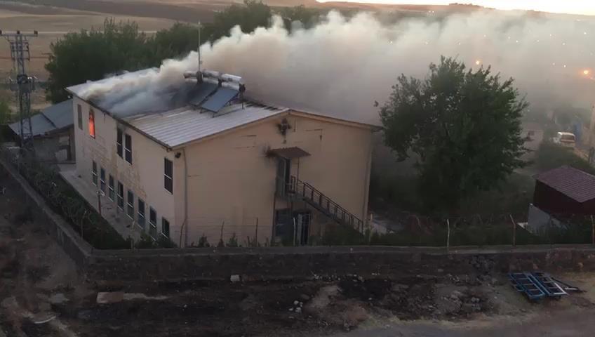Zerzevan Kalesi'ndeki kazı evinde yangın çıktı