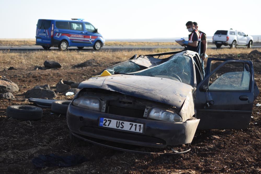 Siverek'te otomobil şarampole yuvarlandı: 2 ölü, 3 yaralı