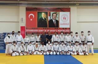 Diyarbakır'da antrenörlük kursu