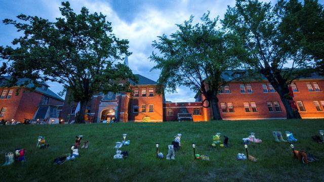 Kanada'daki kilise okulunda 160 isimsiz çocuk mezarı daha bulundu
