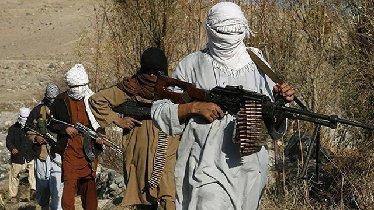 Taliban İran ile olan sınır kapısını ele geçirdi