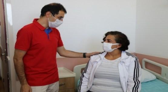 30 yıllık hemşire kulağında nabız sesiyle hastaneye gidince şok yaşadı