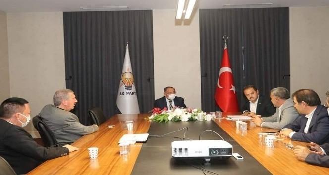 AK Parti genel merkez yerel yönetimlerden Bağlar'ın projelerine tam destek