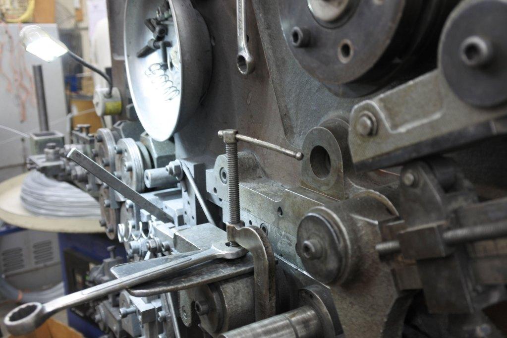 Ajax spring making machine