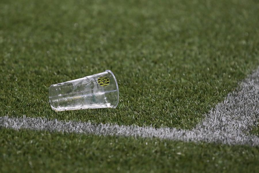 KNVB legt topcompetities amateurvoetbal stil