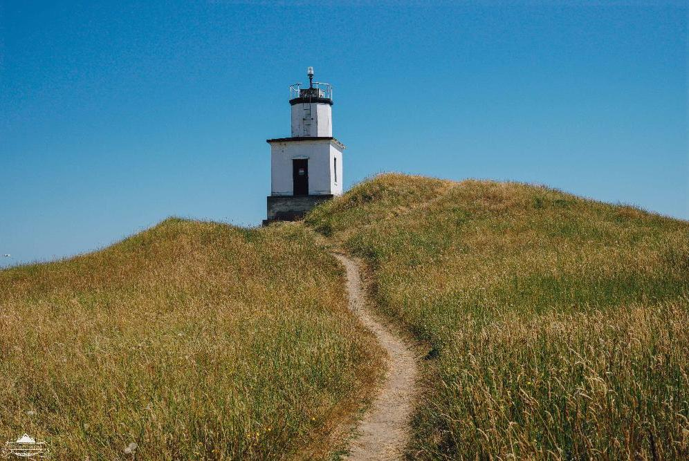 Path to Cattle Point Lighthouse