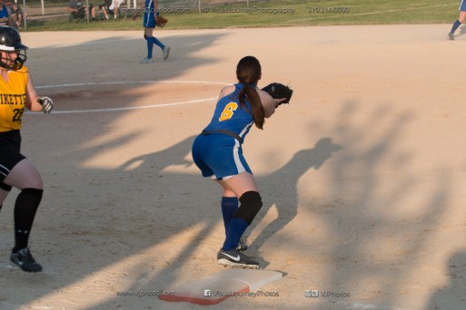 Softball Level 2 Vinton Shellsburg vs Benton Community 2014-6764