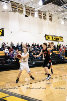 Vinton-Shellsburg vs West Delaware Varsity-9591