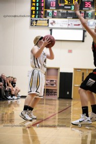 Vinton-Shellsburg vs West Delaware Varsity-9902