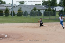 Softball Varsity Vinton-Shellsburg vs Clear Creek Amana 2014-4952