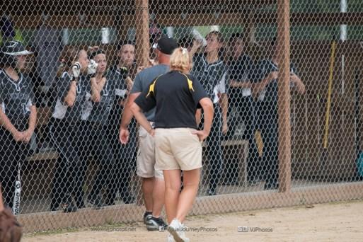 Softball Varsity Vinton-Shellsburg vs Clear Creek Amana 2014-5096