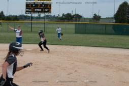 Softball Varsity Vinton-Shellsburg vs Clear Creek Amana 2014-5122