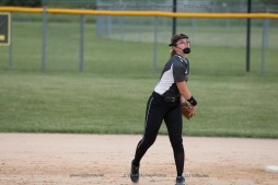 Softball Varsity Vinton-Shellsburg vs Clear Creek Amana 2014-5167