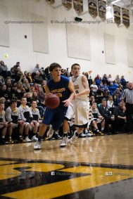 Varsity Basketball Vinton-Shellsburg vs Benton Community-9376