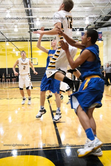 Varsity Basketball Vinton-Shellsburg vs Benton Community-9460