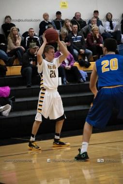 Varsity Basketball Vinton-Shellsburg vs Benton Community-9581