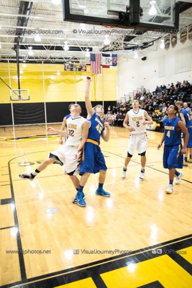 Varsity Basketball Vinton-Shellsburg vs Benton Community-9644