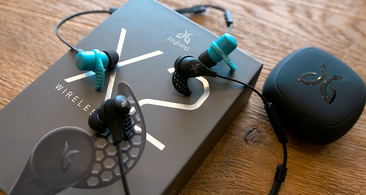 The Jaybird X2 headphones come out of the box looking great - and so do the Beats by Dr. Dre Powerbeats2