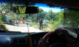 Roadside peddlers in Jamaica