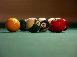 800px-Billiards_balls