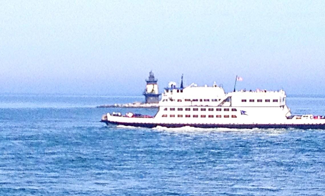 photo of Cross Sound Ferry on Long Island Sound