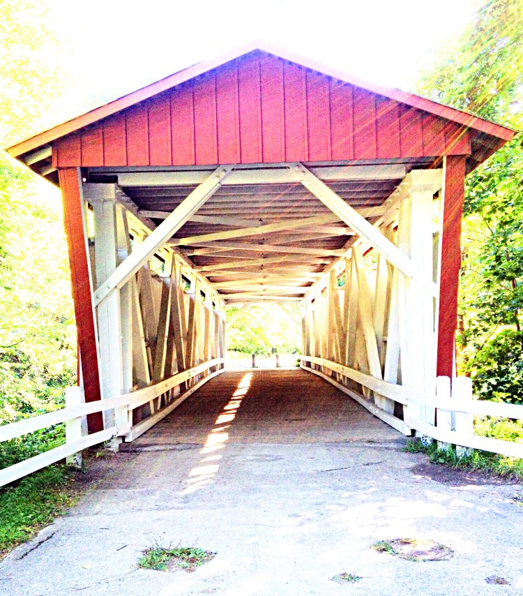 Photo of entrance to covered bridge
