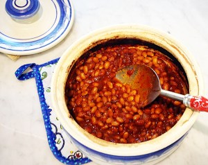 baked beans in stone baking dish