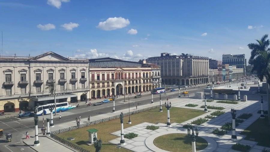 Near El Capitolio