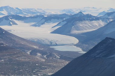 Upper Victoria Glacier and Upper Victoria Lake flow into Victoria Valley, McMurdo Dry Valleys, Antarctica. © A. Padilla