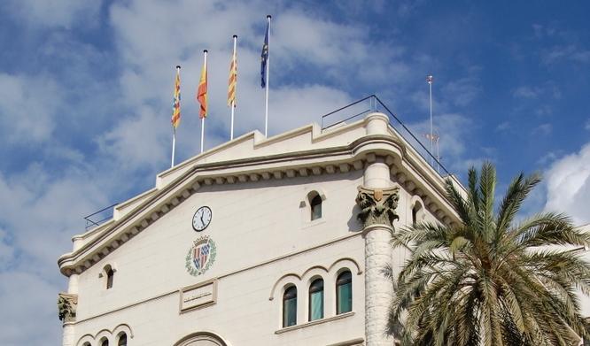 L'alcaldessa accidental de Badalona, Aïda Llauradó, demana a la ministra d'Hisenda que ajudi als ajuntaments perquè es troben a primera línia d'una situació excepcional econòmicament i social