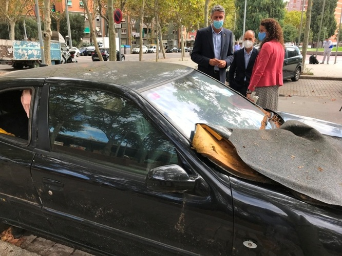 Badalona recupera el servei de retirada de vehicles abandonats a la via pública