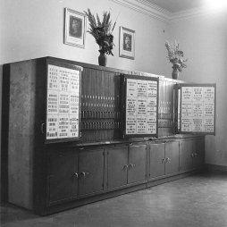 Armario de la colección Marull, diciembre de 1959 Fuente: colección Ramon Marull, autor desconocido