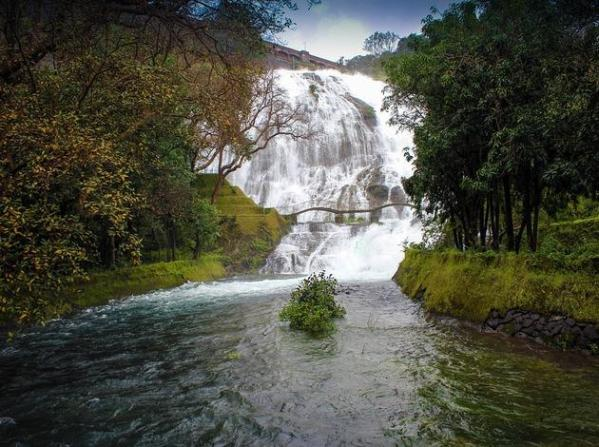 Image result for UMBRELLA FALLS + mumbai +monsoons