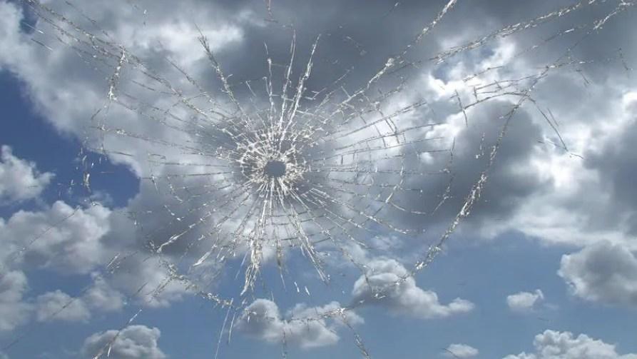 Broken Window, Cracked Glass Against Arkivvideomateriale (100 %  royaltyfritt) 310321 | Shutterstock